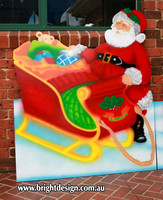 1- SS-05 d Santa Sleigh Outdoor Christmas Display