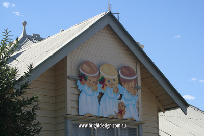 9-55 TD-07 Angels Christmas Cut Out on the front Roof of Home Christmas Display in Bendigo