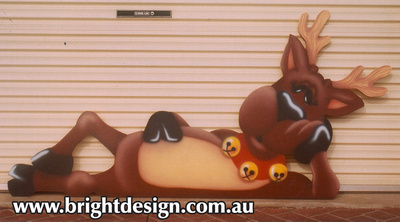 3- R-01 i Lazy Reindeer Ouside Christmas Decorations Personalised by Bright Design Airbrush Studio (1)